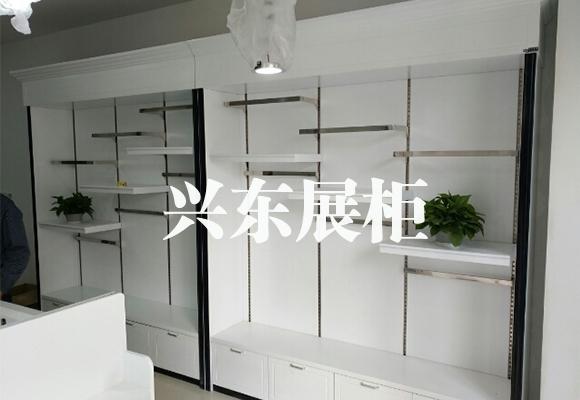 服装烤漆展柜